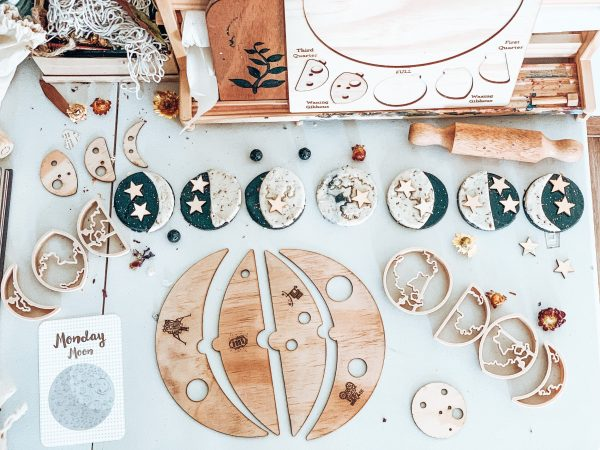 Kinfolk Moon Phases Eco Cutter Set