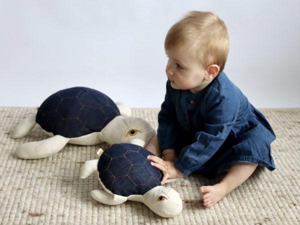 Mama zeeschildpad